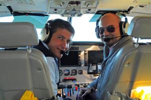 Mit Pilot Adam im Cockpit der N511EX